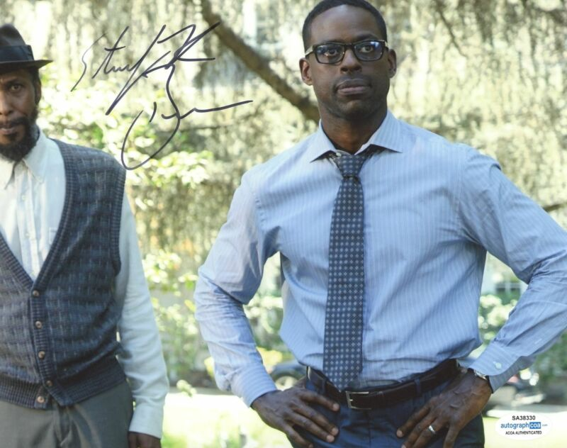 STERLING K. BROWN SIGNED THIS IS US 8X10 PHOTO ACOA