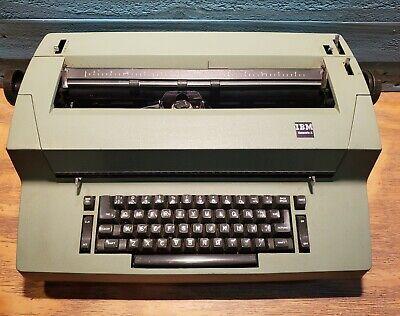 Vintage Ibm Selectric Ii Correcting Electric Typewriter - Avocado Green