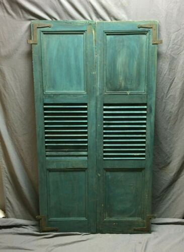 Pair Antique Window Shutters Wood Center Louvered Flat Panel Green VTG 569-20E