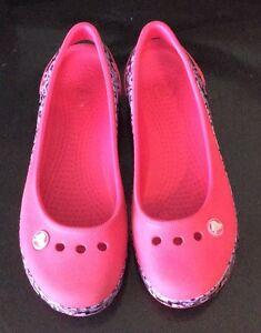 Girls Child's Pink Crocs Shoes Mary Jane Style Size 3 Cambridge Kitchener Area image 2
