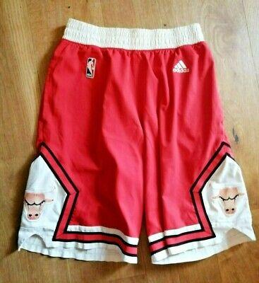 Pantaloncini shorts basket M Adidas Chicago Bulls NBA