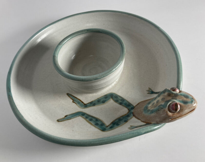 """Three Dimensional Frog Jumping Chip and Dip Tray -Signed Studio Pottery -10.5"""""""