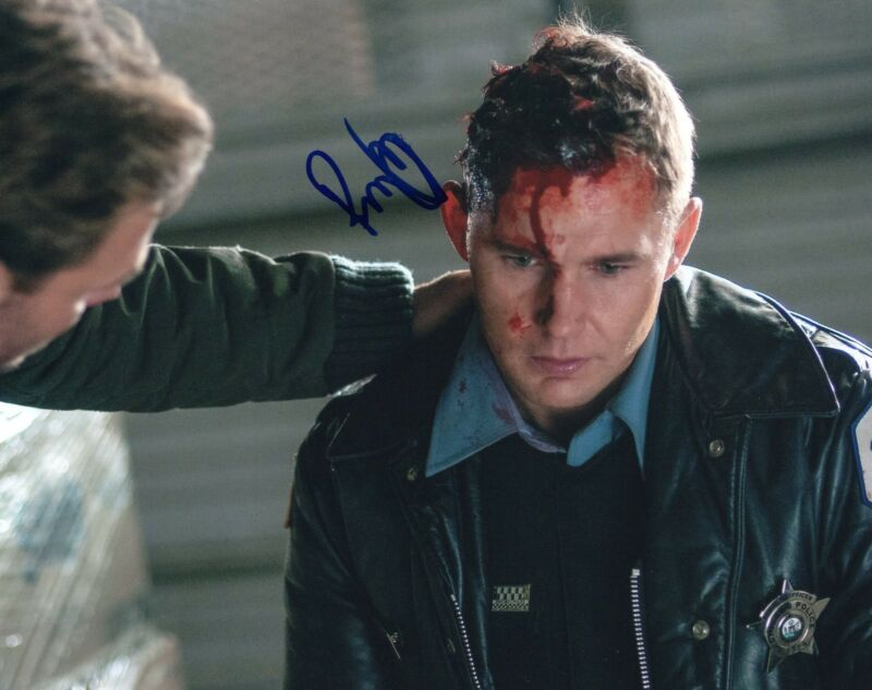 Brian Geraghty signed 8x10 Photo w/COA Chicago Fire Med P.D. Sean Roman #1