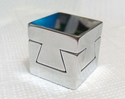 Impossible Dovetail Cube ( ALUMINUM VERSION )