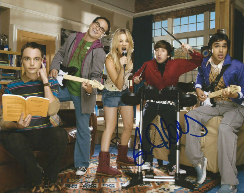 **GFA The Big Bang Theory *SIMON HELBERG* Signed 8x10 Photo MH1 COA**