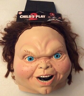 TRICK OR TREAT STUDIOS CHILD'S PLAY 2 CHUCKIE HALLOWEEN MASK NEW WITH TAGS](Halloween Fun With Kids)