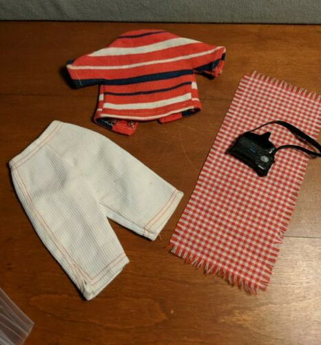 TAMMY IDEAL Picnic Party 9134-8 Doll Clothes Vintage 1960s Very Good Conditio - $9.99