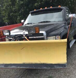 Dually 4x4       And parts truck with plow