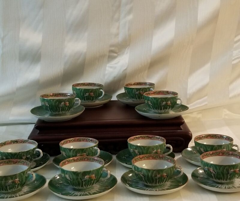"12 - Tea Cups & Saucers - Emerald Green ""Cabbage Pattern""  19th Century - Qing"