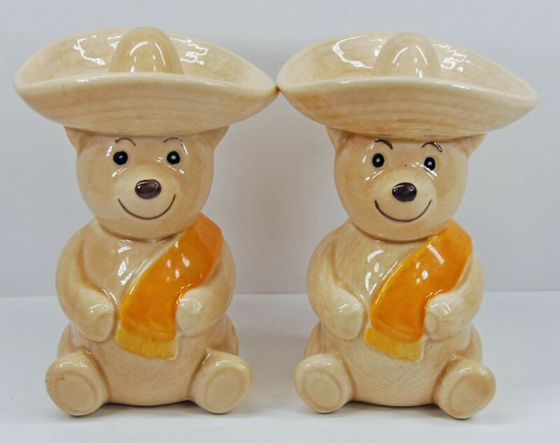 Vintage Metlox Pottery Teddy Bear Salt & Pepper Shakers Mexican Sombrero Poncho