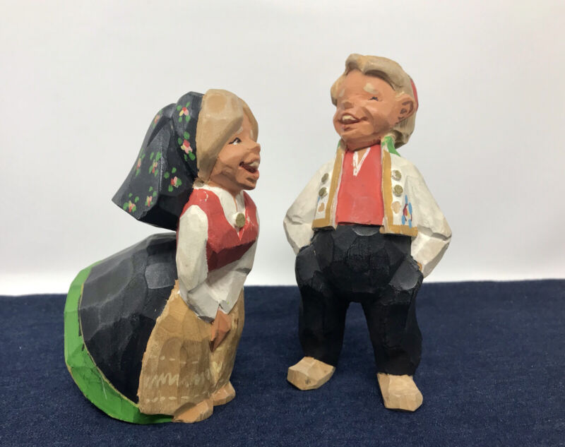 Henning Norway Hand Carved Wood Man Woman Couple Laughing Folk Art 1970