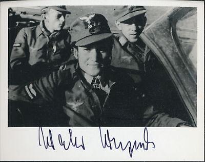 Walter Krupinski signed photo-Luftwaffe Ace. 197 Kills.