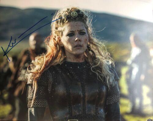 Vikings KATHERYN WINNICK SIGNED 8x10 Photo - PROOF