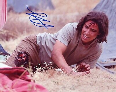 ~ LORENZO JAMES HENRIE Authentic Hand-Signed FEAR THE WALKING DEAD 8x10 Photo A
