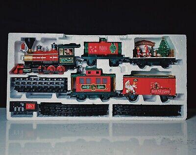 Eztec North Pole Express Christmas Train Set 33 Pieces - Remote Control