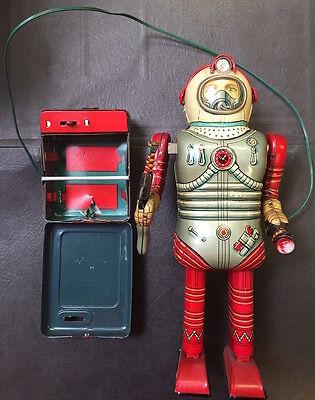 Nomura T.N. Space Man Astronaut Japan 1950's C8 w/Box