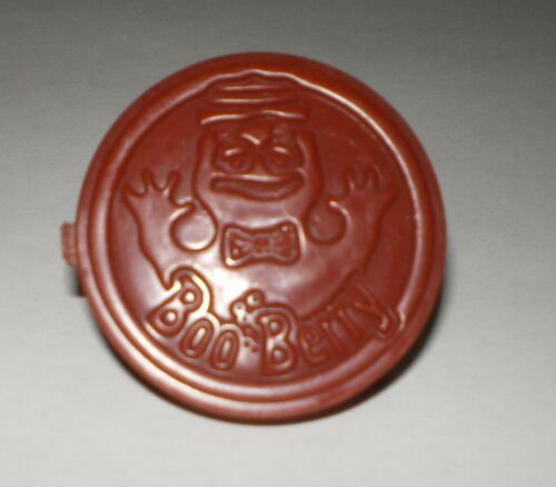 """Vintage Monster Cereal Secret Compartment Ring Prize """"Boo Berry"""" Brown"""