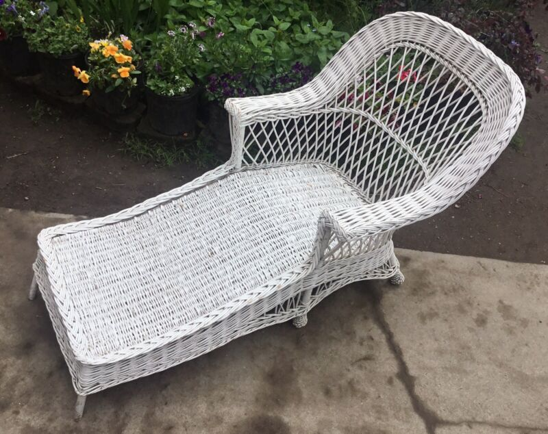 "White Wicker Chase Lounge 64"" Long"