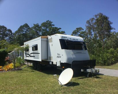 JAYCO 2014 SILVERLINE OUTBACK CARAVAN 25 ft