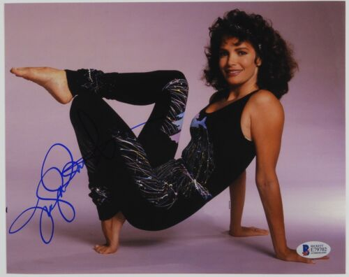 Jaclyn Smith Charlie's Angels Autograph Signed Photo Beckett BAS Photo