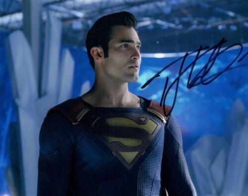 Tyler Hoechlin Signed Autographed 8x10 Photo SUPERGIRL Actor Superman COA