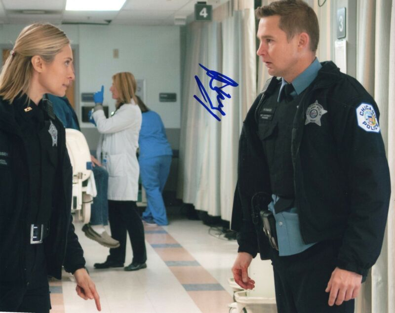 Brian Geraghty signed 8x10 Photo w/COA Chicago Fire Med P.D. Sean Roman