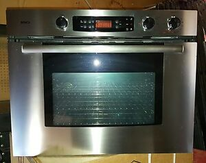 New Bosch Built in Self Clean Oven