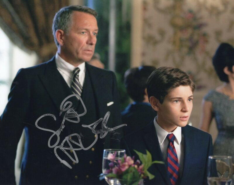 Sean Pertwee Gotham Batman Alfred Signed 8x10 Photo w/COA