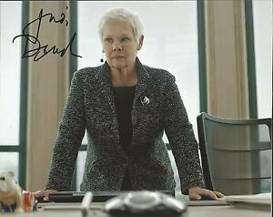 Hand-Signed-8x10-colour-photo-DAME-JUDI-DENCH-as-M-in-SKYFALL-JAMES-BOND-COA
