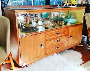 Nicricgoldcoast retro vintage restored sideboard Miami Gold Coast South Preview