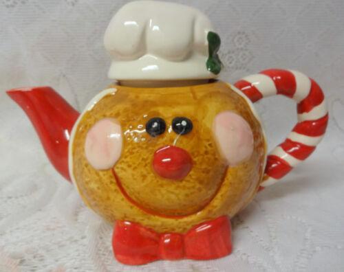 Vintage Gingerbread Lane Cookie Cream Christmas Ceramic Porcelain Teapot Cute