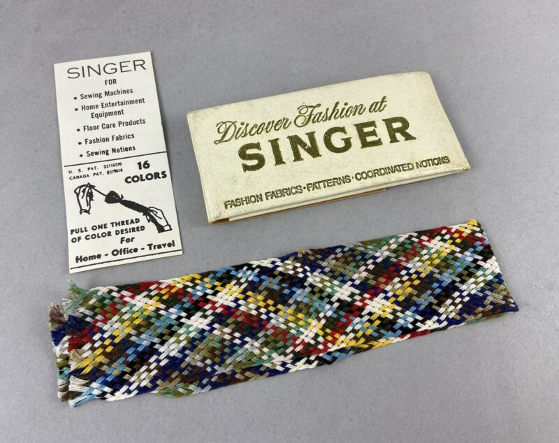 Vintage SINGER SEWING Advertising Discover Fashion at Singer Pull One Thread Kit