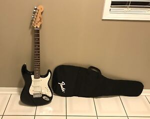 Squier by Fender Affinity Strat with case