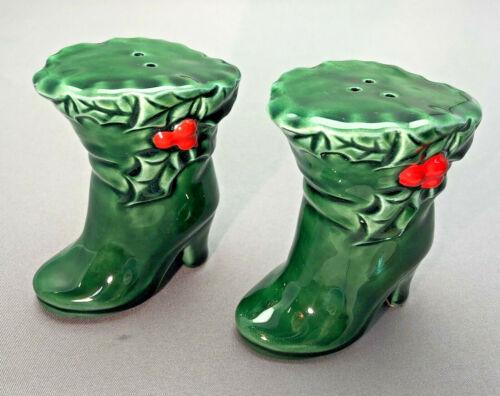 Vintage Lefton Christmas Holly Berry Green Boot Salt & Pepper Shaker Set #6035