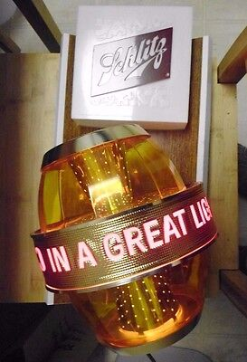 """Schlitz Lighted Motion Beer Sign """"Real Gusto In A Great Light Beer"""" Works"""