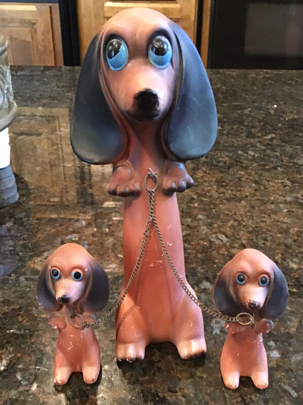 Vintage Porcelain Dachshund Dog Family Figurine Set With Puppies on Chain