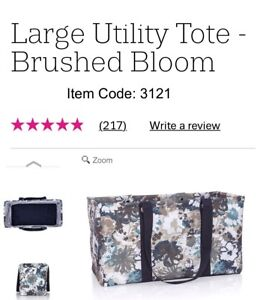 Thirtyone Large Utility, NEW in package. Brushed Bloom