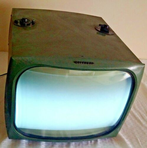 Vintage RAYTHEON Industrial Green Metal TV Television Works 16