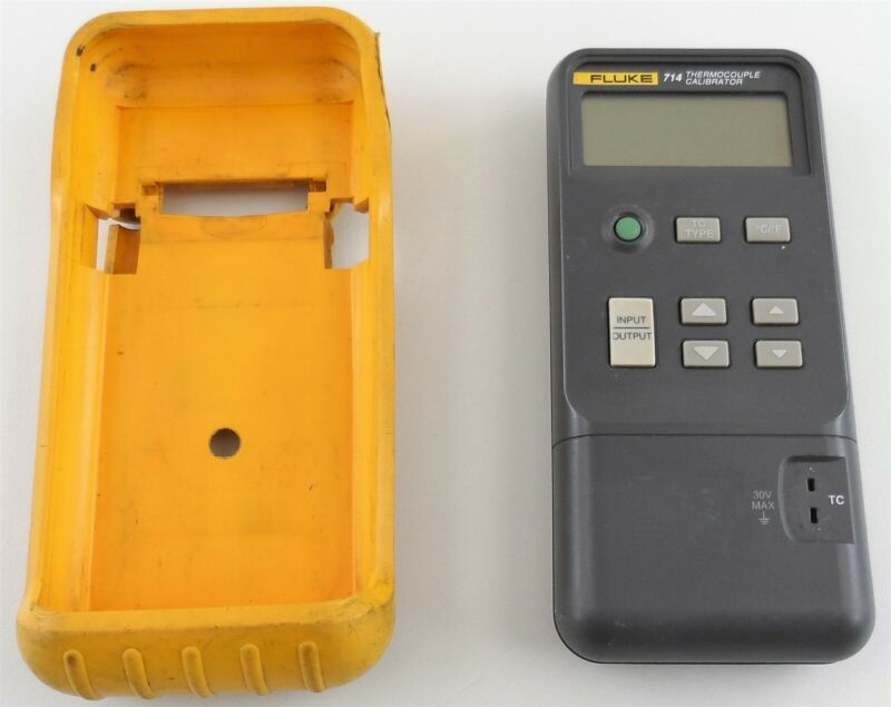 Fluke 714 Thermocouple Calibrator with Case for Parts or Repair