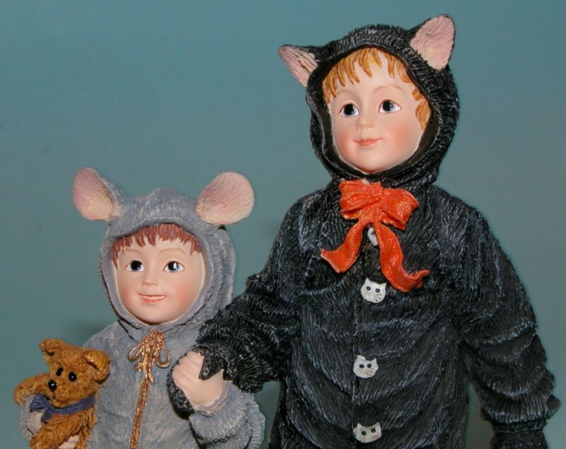 Boyds Bears  Dollstone resin Halloween Cathy & Miranda, #3585 2003 NIB