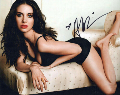 Alison Brie glamour shot autographed photo signed 8x10 #1