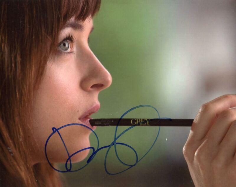 "Dakota Johnson ""Fifty Shades of Grey"" AUTOGRAPH Signed 8x10 Photo B ACOA"