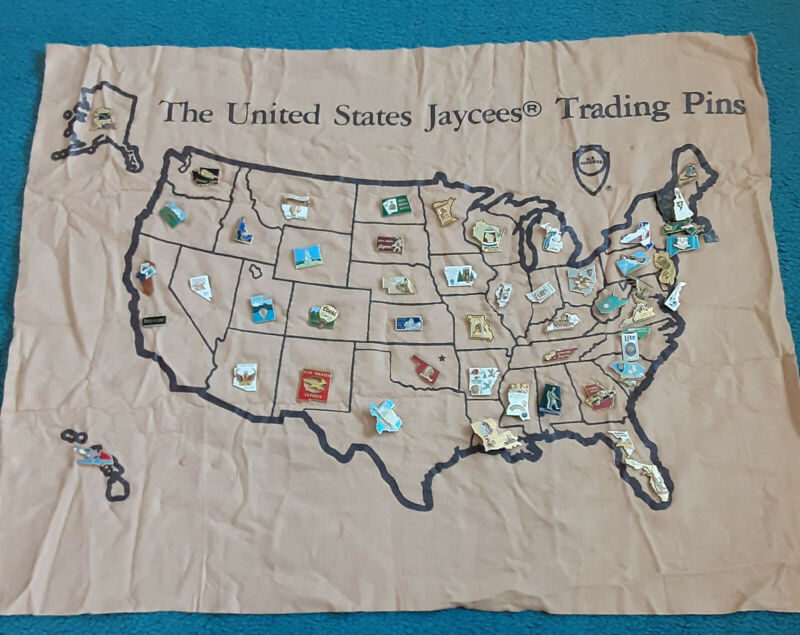 50 States Jaycees Collectible Pins on Felt Map FREE SHIP