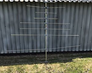 6.5 foot cable antenna and 12 foot pole
