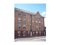 Two bedroom apartment within 7minutes walk into the centre of Glasgow Furnished