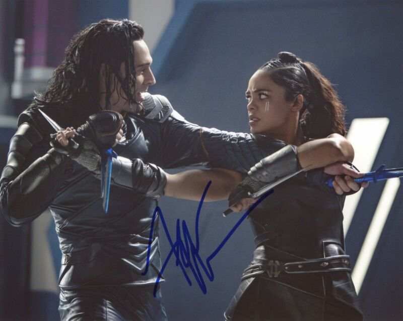 "Tessa Thompson ""Thor: Ragnarok"" AUTOGRAPH Signed 8x10 Photo D"