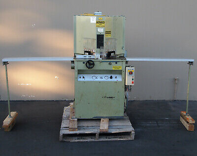 Brevetti C16 Double Miter Saw Woodworking Machinery