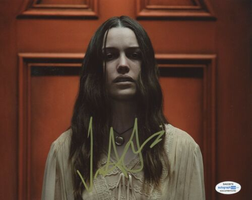 Victoria Pedretti Haunting of Hill House Autographed Signed 8x10 Photo COA