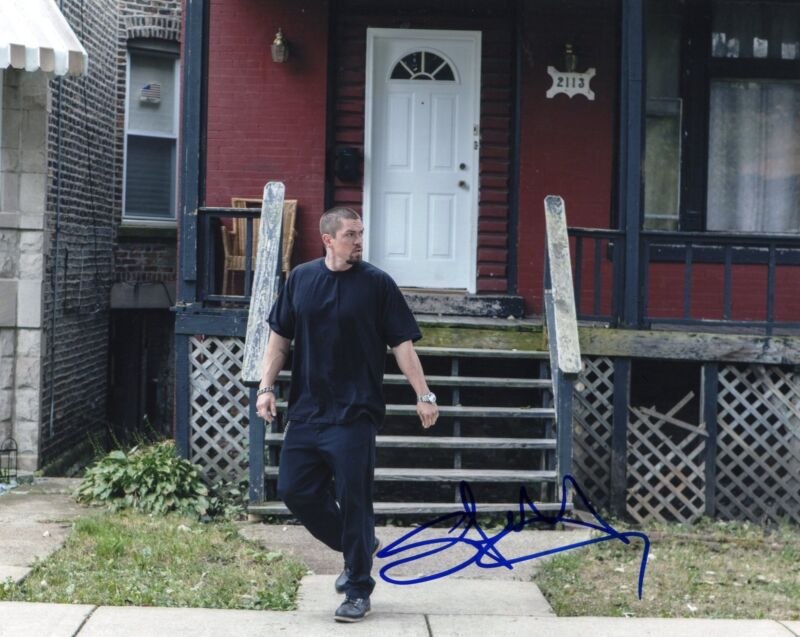 Steve Howey Shameless TV Show Kevin Ball Signed 8x10 Photo w/COA #1
