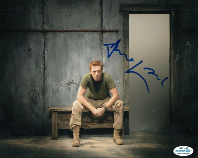 DAMIAN LEWIS signed (HOMELAND) TV Show 8X10 photo *Nicholas Brody* ACOA #3